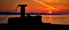 Silhouette (Vest der ute) Tags: norway rogaland haugesund karmsundet sunset silhouettes evening water sea quay fav25 mooring