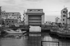 - (Hideki-I) Tags: nikon z7 2470 water hyogo kobe japan bw blackandwhite monochrome 白黒 黑白 日本 兵庫 神戸