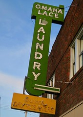 Omaha Lace Laundry, Omaha, NE (Robby Virus) Tags: omaha nebraska ne lace laundry neon sign signage dry cleaners wash