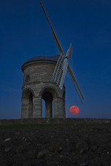 Rising (joyhhs) Tags: april 2019 moon chesterton uk england windmill flickr pink landscape astro astrophotography photography canon sigma on1