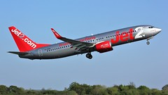 G-JZHS (AnDyMHoLdEn) Tags: jet2 737 egcc airport manchester manchesterairport 23l