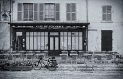 Restaurant (JLM62380) Tags: cafe bar restaurant loire meungsurloire village bike bicycle tables black white noir et blanc vélo bâtiment pub monochrome