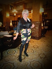 The Center Of Attention . . . (Laurette Victoria) Tags: digital woman laurette milwaukee hotel lobby pfisterhotel