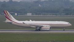 VP-BHD Airbus A330-243 Prestige (3) (Disktoaster) Tags: dus düsseldorf airport flugzeug aircraft palnespotting aviation plane spotting spotter airplane pentaxk1
