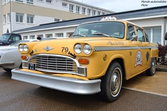 Checker Taxi A11 (Monde-Auto Passion Photos) Tags: voiture vehicule auto automobile checker taxi jaune yellow berline ancienne classique rare rareté collection rassemblement france courtenay