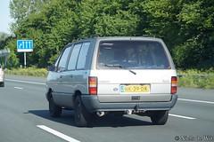1985 Renault Espace 2000 GTS 'Kampeerauto' (NielsdeWit) Tags: nielsdewit car vehicle renault espace 2000 gts kampeerauto owner a12 driving highway nk39dk