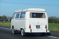 1971 Volkswagen T2a (NielsdeWit) Tags: nielsdewit car vehicle am1478 vw volkswagen transporter t2 t2a hscr driving a12 highway