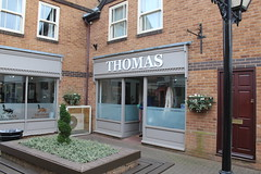Thomas Hair Salon The Maltings Mill Street Oakham Rutland 2019 (@oakhamuk) Tags: thomas hairsalon themaltings millstreet oakham rutland 2019