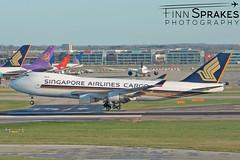 LHR_Singapore Airlines Cargo 747 copy (Finn Sprakes) Tags: canon canon1100d runway travel avgeek aviation airport aviationphotography lhr touchdown heathrow londonheathrow egll 27l ba myrtle london 747 747400 british airways