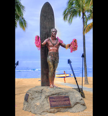 Duke Paoa Kahanamoku statue - Waikiki Beach - Honolulu, Oahu, Hawaii (J.L. Ramsaur Photography) Tags: jlrphotography nikond7200 nikon d7200 photography photo oahuhi 25thanniversary honolulucounty hawaii 2019 engineerswithcameras islandsofhawaii photographyforgod hawaiianislands islandphotography screamofthephotographer ibeauty jlramsaurphotography photograph pic oahu tennesseephotographer oahuhawaii 25years anniversarytrip bucketlisttrip thegatheringplace 3rdlargesthawaiianisland 20thlargestislandintheunitedstates therainbowstate history historyisallaroundus dukepaoakahanamoku dukepaoakahanamokustatue duke dukekahanamoku statue plaque fatherofinternationalsurfing surfboard surfer surfing hawaiisambassadorofaloha ambassadorofaloha aloha olympicchampion olympian swimmer olympicgoldmedalist hawaiian hero waikikibeach waikiki kuhiobeach monument hawaiianlegend hawaiianhero honolulusheriff actor movieactor
