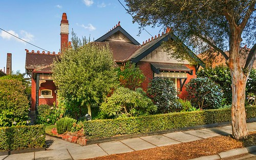 23 Bloomfield Rd, Ascot Vale VIC 3032