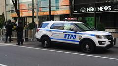 New York Police Department (Emergency_Spotter) Tags: new york police department nypd nyc manhattan rockefeller ford interceptor utility fpiu steelies vector vision slr officer swat crc