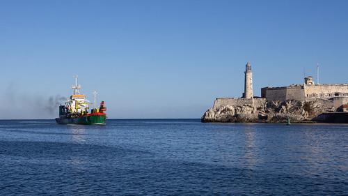 Draga Quality Star entrando a la bahía, La Habana, Cuba