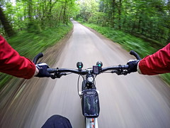 G0129400-1 (Photopedaler) Tags: cornishcycling bicycleriding gopro pov woodland countrylanes backroads motion fatbiking