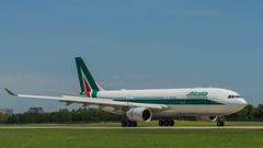 EI-EJO (gankp) Tags: rometowashingtondc eiejo alitalia washingtondullesinternationalairport rome inaugural fight