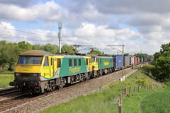 90049 90016 4M27 Red Bank (cmc_1987) Tags: 90049 90016 freightliner geneseewyoming class90 acelectric brel doubleheader railfreight br britishrail powerhaul