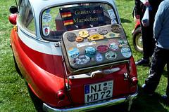Gustav und Mariechen (.rog3r1) Tags: old car oldtimer isetta bmw leica sl summilux 50mm f14 huenzingen