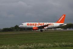 easyJet G-EZAA BFS 20/05/19 (ethana23) Tags: planes aviation aircraft airplane aeroplane avgeek planespotting easyjet airbus a319