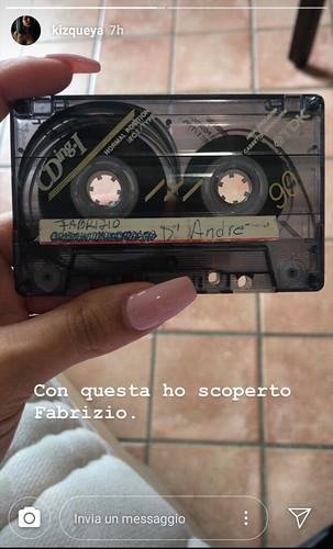 #repost 📼 #cassetta #fabriziodeandre #nastro @kizqueya 🌹 #anarchia 🎥#elettritv💻📲 #musica #tape #sottosuolo #peace 💜 #love #freedom #cantautore #webtvmusicale #dalvivo 🎻 #canalemusicale 🐕 #now