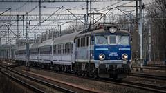 EP07-1033 (Rafał Jędrasiak) Tags: a6500 sony emount train track warszawa ep071033