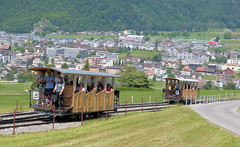 Stanserhorn Bahn, Switzerland - Cars crossing at the passing loop with the village of Stans in the background on the 13th July 2018 (trained_4_life) Tags: stanserhornbahn stans switzerland funicular seilbahn funiculaire funicolare 缆车 kabel ケーブルカー