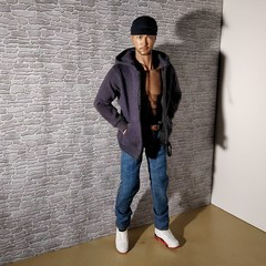 Hiro (Camler) Tags: tbleauge phicen m31 gay onesixthscale sneakers jeans