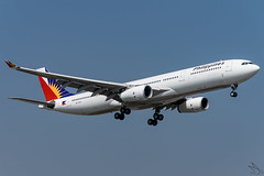 Philippine Airlines - Airbus A330-343 / RP-C8771 @ Manila (Miguel Cenon) Tags: pal pala330 pr pra330 rpll airplane airplanespotting apegroup appgroup airport airbus airbusa330 a330 aircraft a333 airbusa333 ppsg planespotting philippines plane rollsroyce rrtrent trent700 philippineairlines manila nikon naia d3300 fly flying wings widebody widebodyjet wing twinengine sky jet window cockpit rpc8771