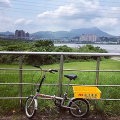 #taiwanbeer #台灣啤酒 #cargobike #commute #commuter #bike #cycle #urbancycling #urbancyclist #urbancycle #taipei #taiwan #Bicycle #自行車 #單車通勤 (funkyruru) Tags: taiwanbeer 台灣啤酒 cargobike commute commuter bike cycle urbancycling urbancyclist urbancycle taipei taiwan bicycle 自行車 單車通勤
