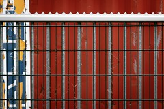 coloured.fence (fhenkemeyer) Tags: hff colour oberhausen abstract red fence