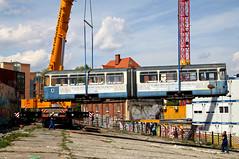 Der Beiwagen wird in der Luft gedreht (Bild: Alfons Siebenweiber) (Frederik Buchleitner) Tags: 3010 bahnwärterthiel beiwagen munich münchen pwagen strasenbahn streetcar tram trambahn viehhof