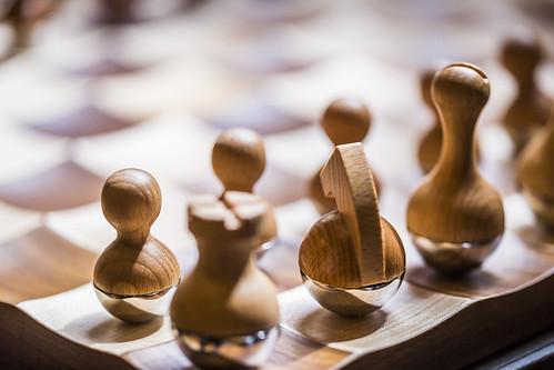 20190503_F0001: Wobbly chess