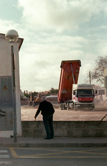 (franciscotoledo3) Tags: film analog analogue epsonv370 v370 kodak kodakcolorplus200 filmphotography filmcamera smena 8m smena8m street streephotography menorca