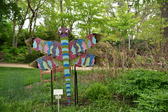 JIM_2936 (James J. Novotny) Tags: dragonflies sculptures sculpture d750 nikon rotarygarden rotarybotanicalgardens gardens garden gardenbotanical unlimitedphotos unlimiedphotos unlimited art artwork