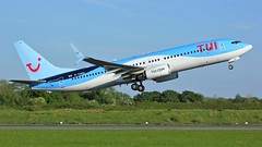 G-TAWK (AnDyMHoLdEn) Tags: thomson tui 737 egcc airport manchester manchesterairport 23l