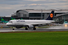 D-AIUW A320-214 Lufthansa (eigjb) Tags: dublin airport eidw ireland international collinstown jet transport aircraft airplane plane spotting aeroplane 2019 daiuw a320214 lufthansa airbus a320 airliner