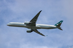 A350 Cathay Pacific (Luc_slf) Tags: a350 cathay cathaypacific airbus toulouseairport toulouse blagnac aéronautique aeronautics
