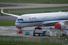 A350 Air China (Luc_slf) Tags: a350 airchina china airbus toulouseairport toulouse blagnac aéronautique aeronautics