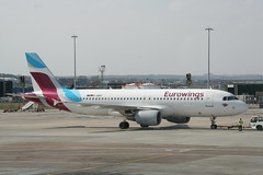 D-ABNT Eurowings A320 (Vernon Harvey) Tags: edi edinburgh dabnt airbus a320 eurowings