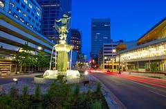 Muse of Missouri (KC Mike Day) Tags: muse missouri fountain kansas city street main fish net statue exposure long cars