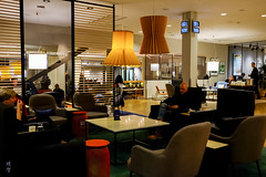 Seating in the lounge (A. Wee) Tags: sweden 瑞典 stockholm 斯德哥尔摩 arlanda airport arn 机场 sas scandinavianairlinesystem 北欧航空 lounge