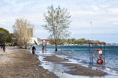 2019 Lake Ontario flooding - Sunnyside beach May 20 (jer1961) Tags: toronto flood flooding 2019flooding lakeontario lakeontarioflooding 2019lakeontarioflooding torontoflooding 2019torontoflooding humberbay sunnysidebeach sunnysidebeachflooding 2019sunnysidebeachflooding