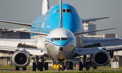 PH-BXA (Tynophotography (Martijn de Heer)) Tags: 737 737900 739 744 747 747400er aalsmeerbaan boeing klm phbfn phbxa retro livery