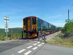 150265 Sandways Crossing (Marky7890) Tags: gwr 150265 2g69 class150 sprinter calstock sandwayscrossing railway cornwall tamarvalleyline train levelcrossing