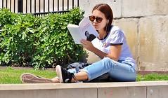Talking Book (jaykay72.) Tags: london uk street candid streetphotography trafalgarsquare stphotographia