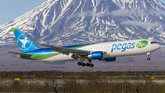 VP-BOY Ikar Boeing 767-3G5(ER) (Zhuravlev Nikita) Tags: boeing 767 b767 ikar pegas kamchatka spotting uhpp pkc
