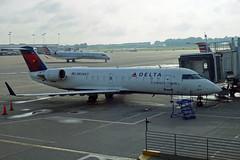 N834AY  CVG (airlines470) Tags: msn 8034 crj 200er crj200 endeavor air delta connection cvg airport ex pinnacle airlines mesaba as n834ay