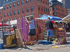 BostonVivaSierraSun (fotosqrrl) Tags: boston massachusetts streetphotography urban worker haymarket hanoverstreet blackstonestreet streetvendor produce crates carrying palletjack hf