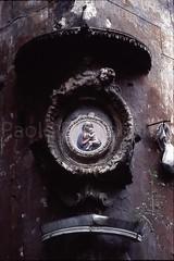 Icone scomparse (giroscopico) Tags: mariana sacra votiva edicola madonnella icona
