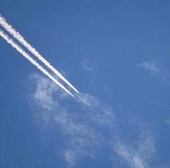 High flyer (J. Trempe 3,950 K hits - Merci-Thanks) Tags: stefoy quebec canada avion plane contrail ciel sky nuage cloud
