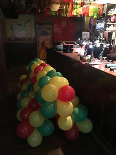 Ballonslinger Carnaval Cafe het Zwarte Schaap Breda